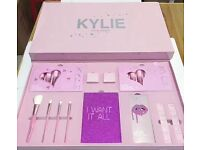 Kylie I want it all makeup set (2017) Birthday Collection Limited Edition Sealed