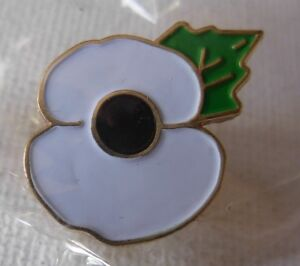 White Poppy pin badge. Peace. Lest We Forget. Great War WWII Soldier