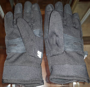 Windriver Insulated Gloves – like new – touchscreen pads