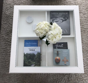 White Table - Glass Pullout Display