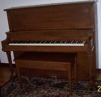Piano droit / Upright piano