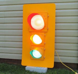 Traffic Light - Working Newer Unit - same as ones in the city!