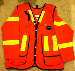 Surveyor/Supervisor Safety Vest Edmonton Edmonton Area image 3