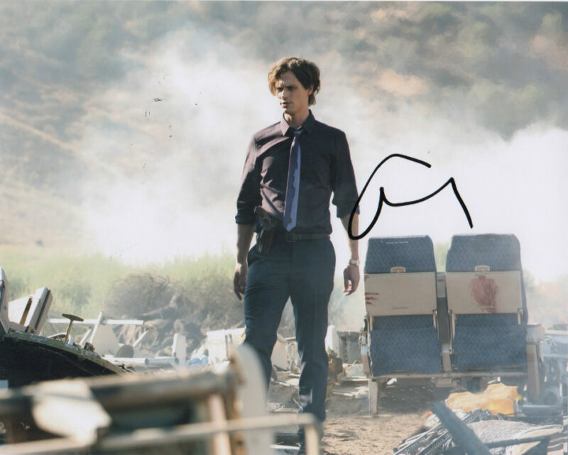 Matthew Gray Gubler Criminal Minds Autographed Signed 8x10 Photo COA #5