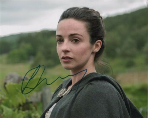 Laura Donnelly Outlander Autographed Signed 8x10 Photo COA #8