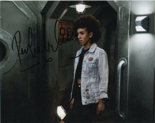 Pearl Mackie Doctor Who Autographed Signed 8x10 Photo COA #5