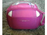 Pink pierre cardin vanity case