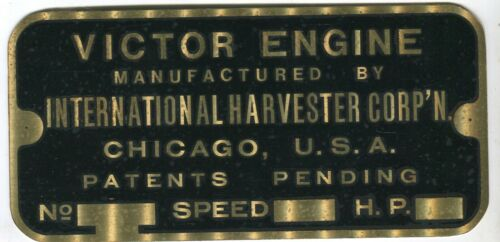 IHC Famous name plate 4-25 hp VICTOR horizontal