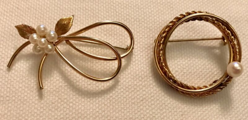 Lot 2 Vintage Estate Gold Filled & Signed Brooches Pearls Circle Floral Quality