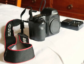 Canon 5D Mk1 + battery and charger