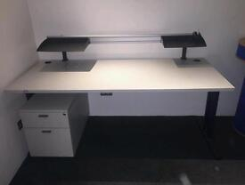 Small Office with 2 Desks To Let