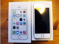 APPLE IPHONE 5S 32GB ON O2 AND GIFFGAFF NETWORK GOLD COLOUR ***LIKE BRANDNEW IN BOX ***SALE SALE***