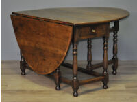 Attractive Large Vintage Oak Turned Gate Leg Drop Leaf Dining Table