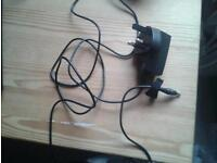 Nokia small pin mains charger new