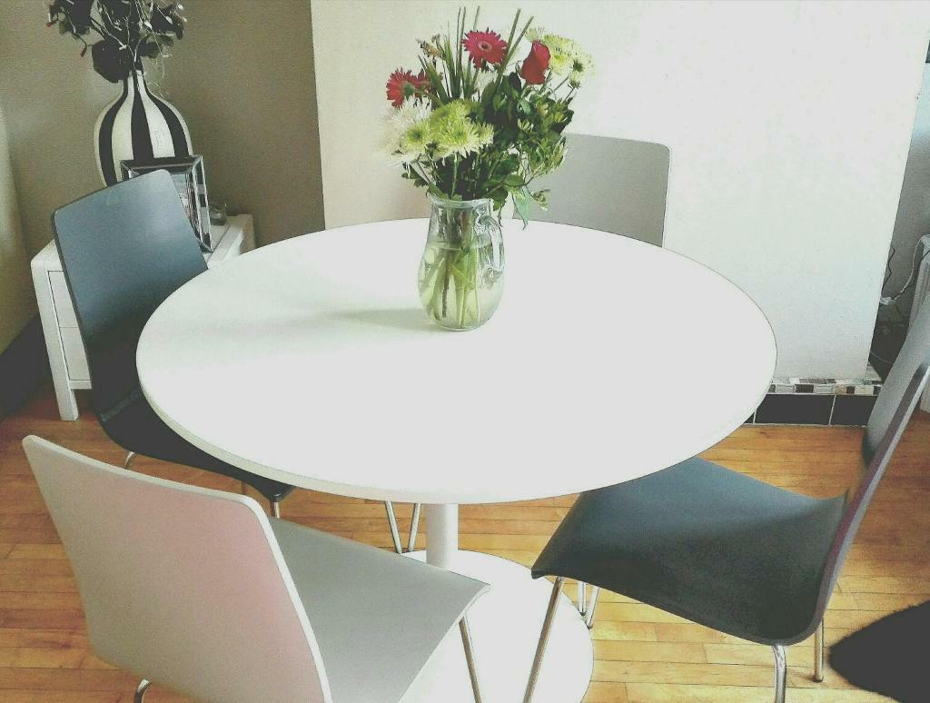 John Lewis Kitchen Furniture New John Lewis Large Round White Dining Kitchen Table With Four