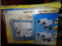 Elro Quad Security Monitor (B&W) with 4 metal Outdoor Cameras