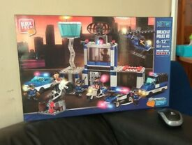Block Tech - Breach at Police Headquarter Lego Style £15