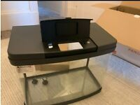 Fish tank 40 L + give away a box full of products for your fish.