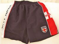 Boy's Sdridder England Football Shorts, size 26/28