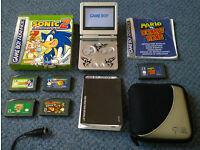 Nintendo Gameboy Advance Silver with 5 games (inc Sonic +Mario vs Donkey Kong) + case RETRO Game Boy