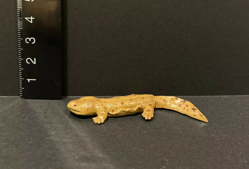Kaiyodo Animatales Choco Q Series 1 Japanese Giant Salamander Figure