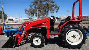 TRACTORAMA YANMAR 22HP TRACTOR ( 4:1 SPLIT BUCKET ( FEL Welshpool Canning Area Preview