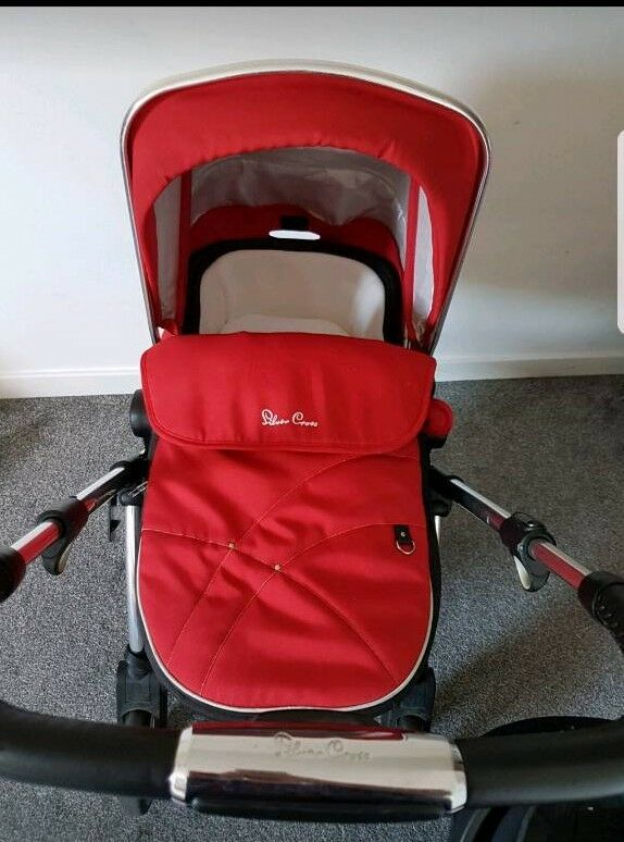Silvercross wayfarer travel system Chilli Red