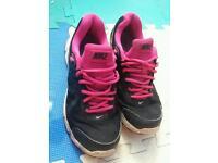 Nike trainers 5.5