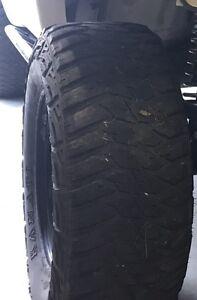 Kanati mud hog 305 70 16 X 4 Birkdale Redland Area Preview