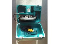 MAKITA CIRCULAR SAW 5704R - WITH BLADE AND BOX 110V