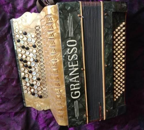 """Push-button accordion """"Granesso"""" 5 rows, 60/80, Austria,1935"""