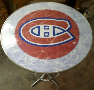 Habs bar table