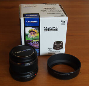 Olympus M. Zuiko 25mm f1.8 lens for Micro 4/3, mint, $300 firm.