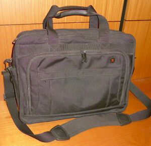 "Swiss Army/Victorinox Parliament briefcase Holds 15.6"" Laptop"