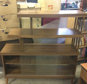 Glass display/shelving cabinet
