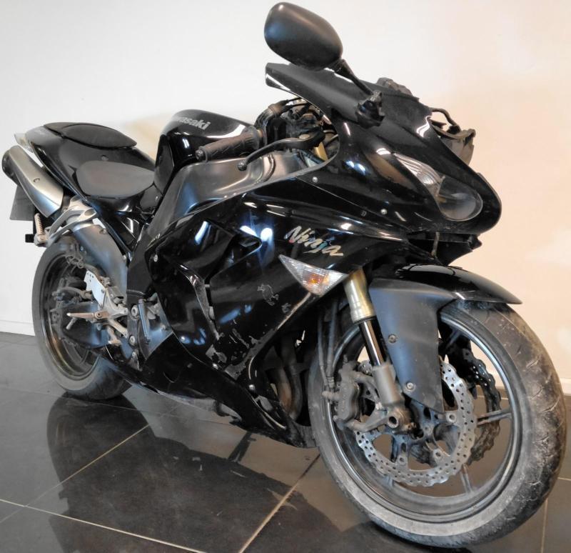 2006 06 Kawasaki Zx10r D6f Ninja Zx 10r Black Track Bike