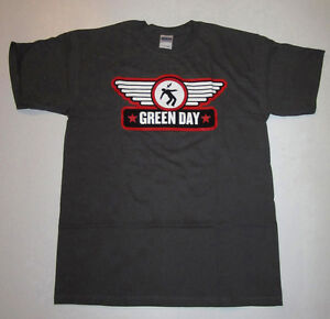 GREEN DAY MERCHANDISE, (DIFFERENT DESIGNS AND SIZES) LOT #3