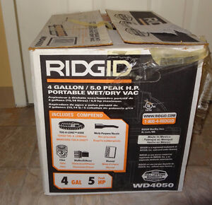 5 Gallons - Shop Vac - Wet & Dry Ridgid