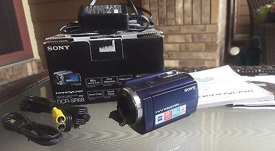 SONY Handycam DCR-SR68 Digital Video Camera Recorder Camcorder HDD 80GB