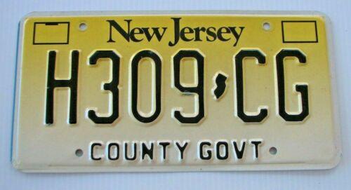"NEW JERSEY COUNTY GOVT DEPUTY  SHERIFF  LICENSE PLATE "" H 309 CG "" NJ"