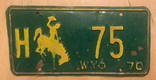 """1970 WYOMING LOW NUMBER HIGHWAY DEPT BUCKING BRONCO LICENSE PLATE """" H 75 """" WY"""