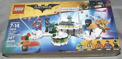 LEGO The LEGO Batman Movie 2018 The Justice League Anniversary Party (70919)