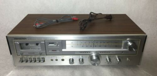 Soundesign 5627 AM FM Stereo Cassette Receiver Vintage Silver - Works Great!