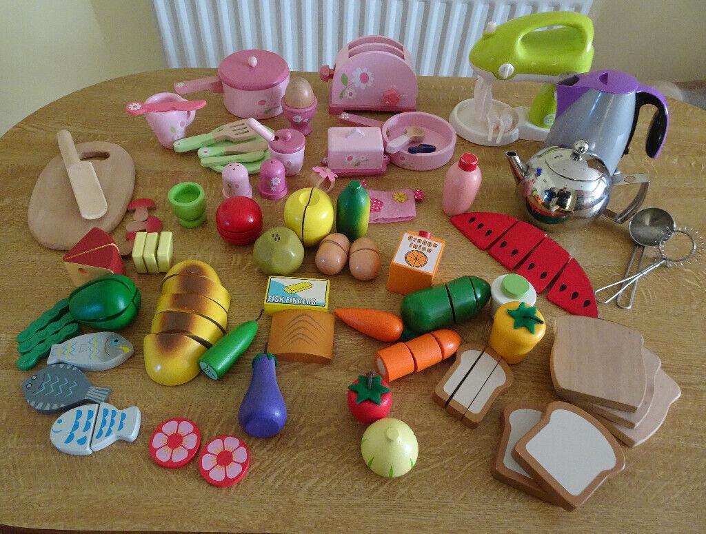 Awe Inspiring Wooden Toys Pretend Play Food For Children Kitchen Plus Extras In Bridgwater Somerset Gumtree Home Interior And Landscaping Ymoonbapapsignezvosmurscom