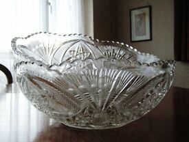Pair of Antique Vintage Retro Large Glass Fruit Trifle Dessert Salad Serving Bowls Dishes