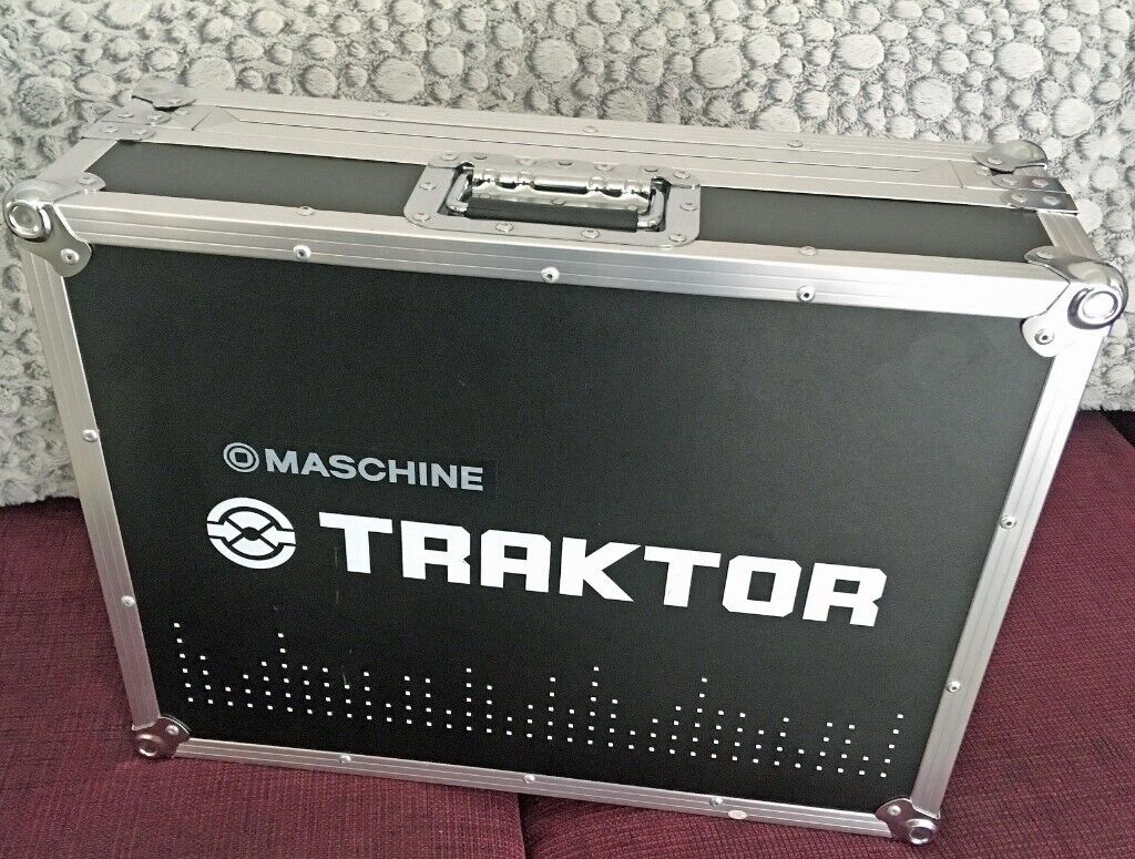 Native Instruments Traktor S4 MK1 - with flight case and original box | in  Southsea, Hampshire | Gumtree
