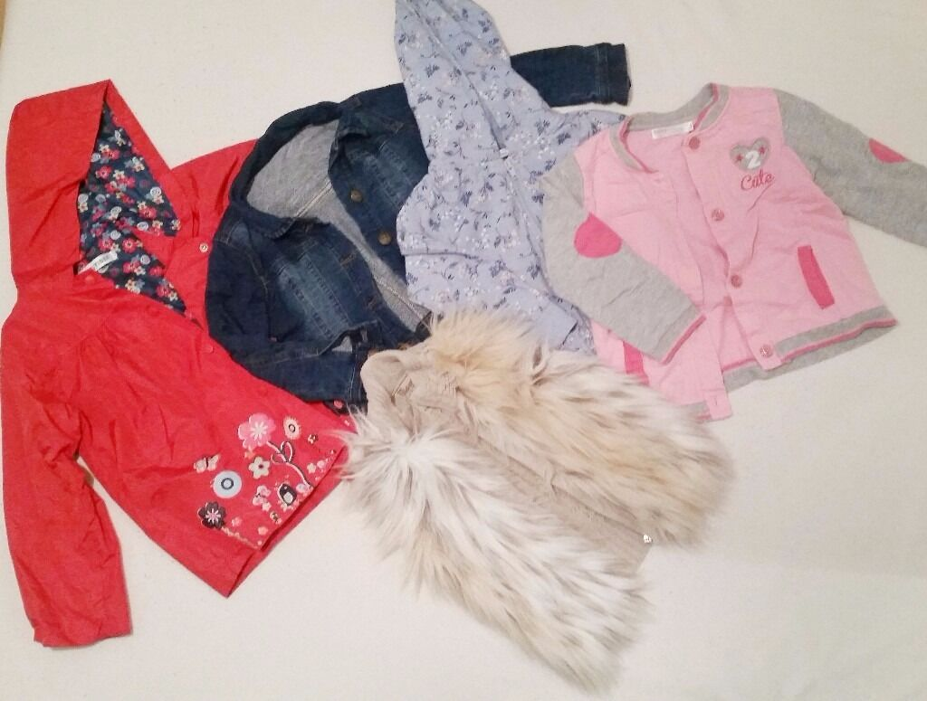 Bundle of girls clothesin Magherafelt, County LondonderryGumtree - Bundle of girls clothes 3 4 years old Good condition Smoke and pet free home £10 EACH