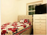 Fully furnished double bedroom in a brand new house , all bills included