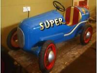 Tri-ang pedal car