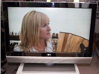 LG 42LC2DB 42 inch HD Ready LCD TV w/ Freeview